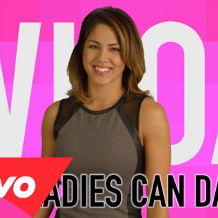 High Fives: Whoa, These Ladies Can Dance! (Beyonce, Shakira, Jennifer Lopez, Britney Sp…