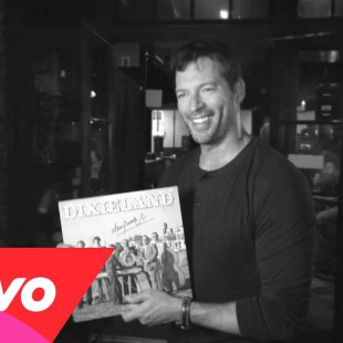 American Idol – American Idol Exclusive: Harry Connick Jr. Goes Home